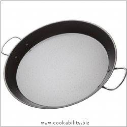 Kitchencraft Paella Pan Non-Stick. Derived work from original images, © Thomas Plant 2006 and prior, used with permission.