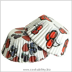Easybake Berries Muffin Cases. Original product image, © Cookability